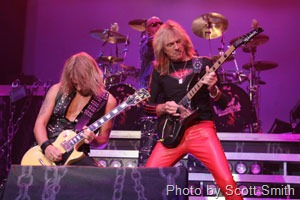 judas-priest-by-scott-smith-02