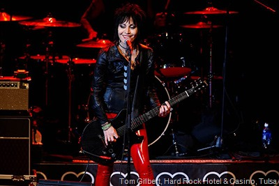 joan-jett-photo-by-hard-rock-hotel-casino-tulsa-tom-gilbert